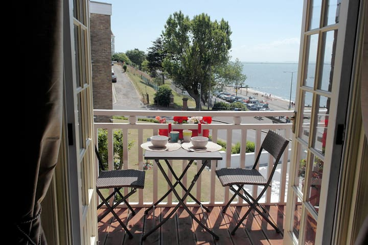 Period seafront apartment - Southend-on-Sea - Daire