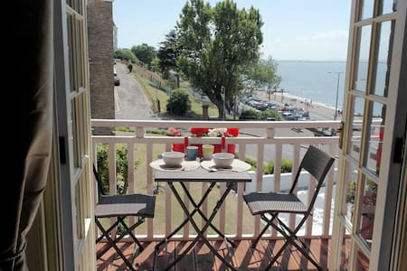 Period seafront apartment - Southend-on-Sea - 公寓