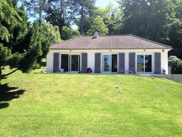 Belle maison de campagne, 1 h Paris, 8 mn de Dreux - Cherisy - Dom