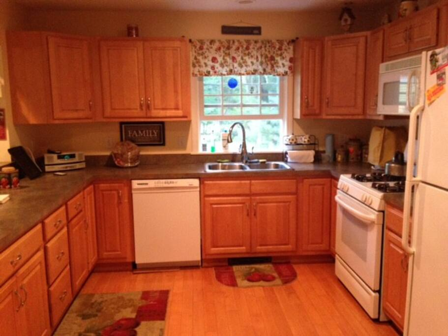Fully equipped kitchen to meet all your culinary needs
