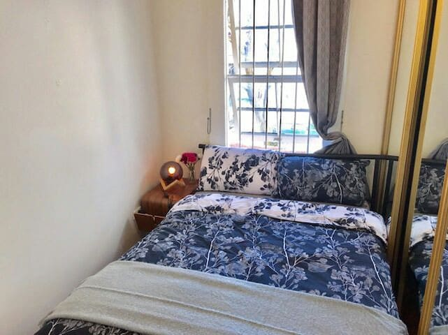 Private Room 5mins to DarlingHarbour(City low cost