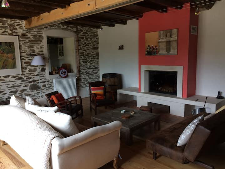 Stone farmhouse 25 min from Carcassonne
