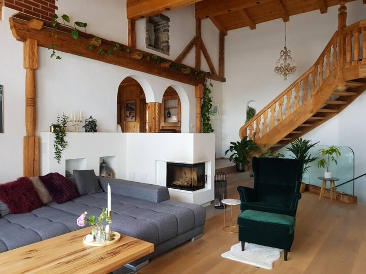 Große Ferienwohnung mit Garten in Kitzbühel