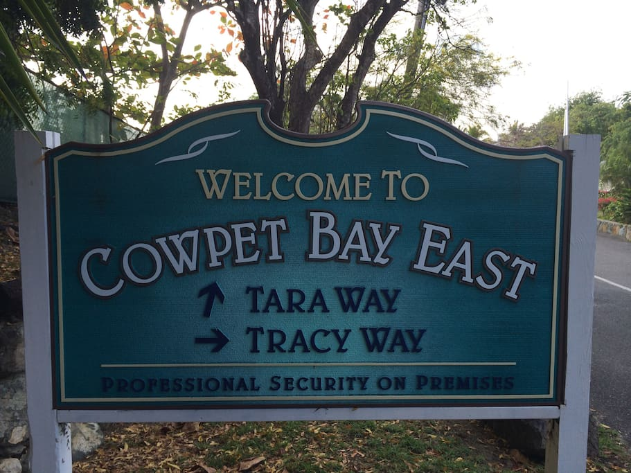 Welcome to Cowpet Bay East - go to Tracy Way towards the water