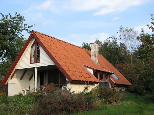Sommerhus ved Hjarbæk fjord - Løgstrup - Casa de campo