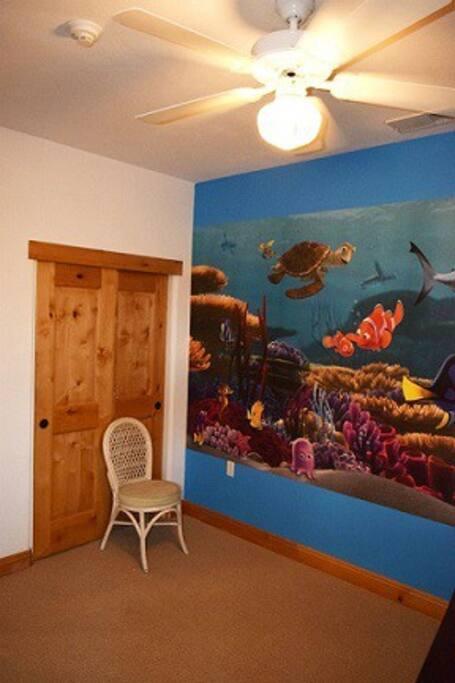 Finding Nemo bedroom