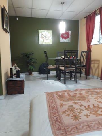 Alquiler Casa Villa Lucre, 15 min Aerop 80/p noche