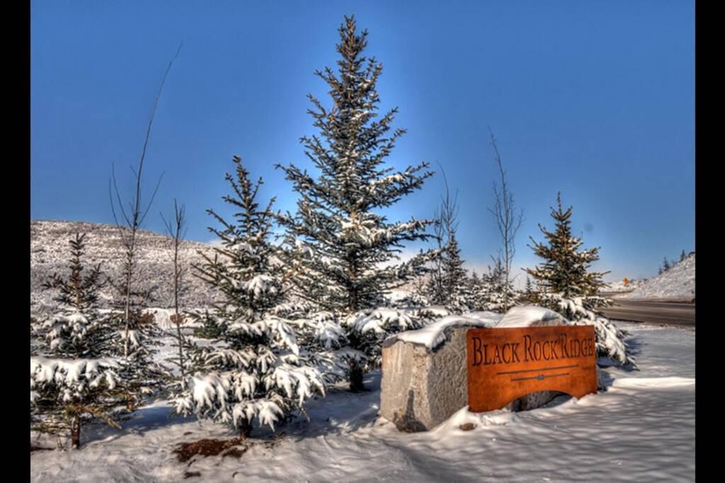 Snow comes to Black Rock Ridge