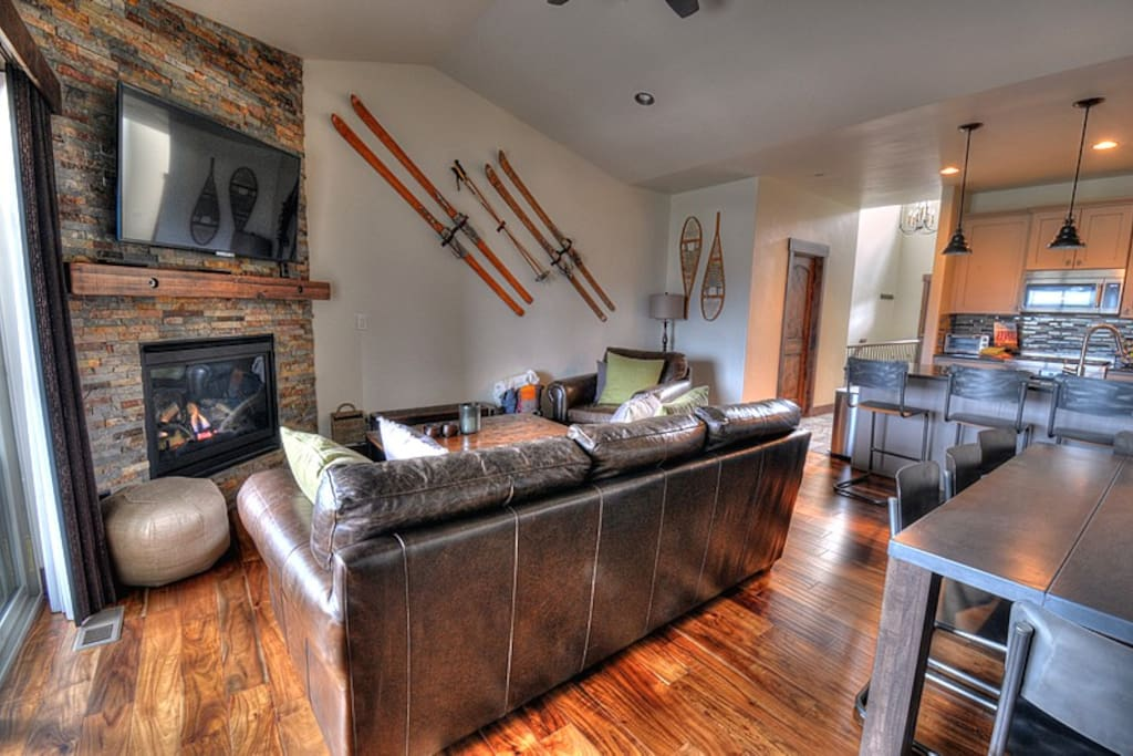 Main Living Area with cozy fireplace and flat screen Smart TV