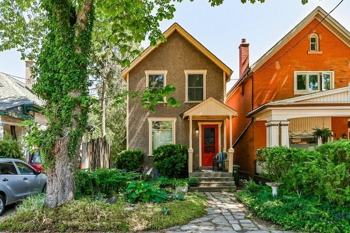 Entire Charming Hamilton Home Steps from Locke St