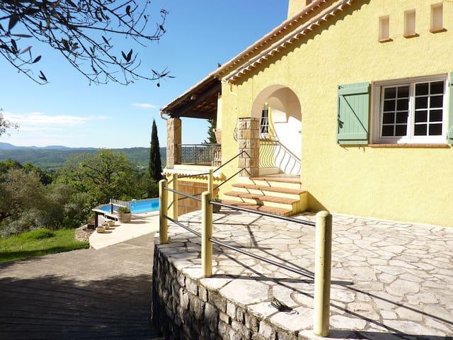 Cottage Style Villa, heated pool - Tourrettes - วิลล่า