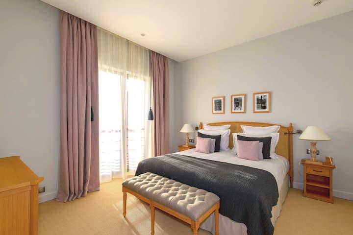Les appartements Chais Monnet****