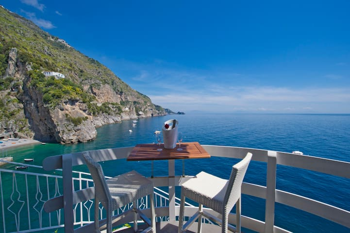 Romantic room on the sea of amalfi  - Praiano - Muu