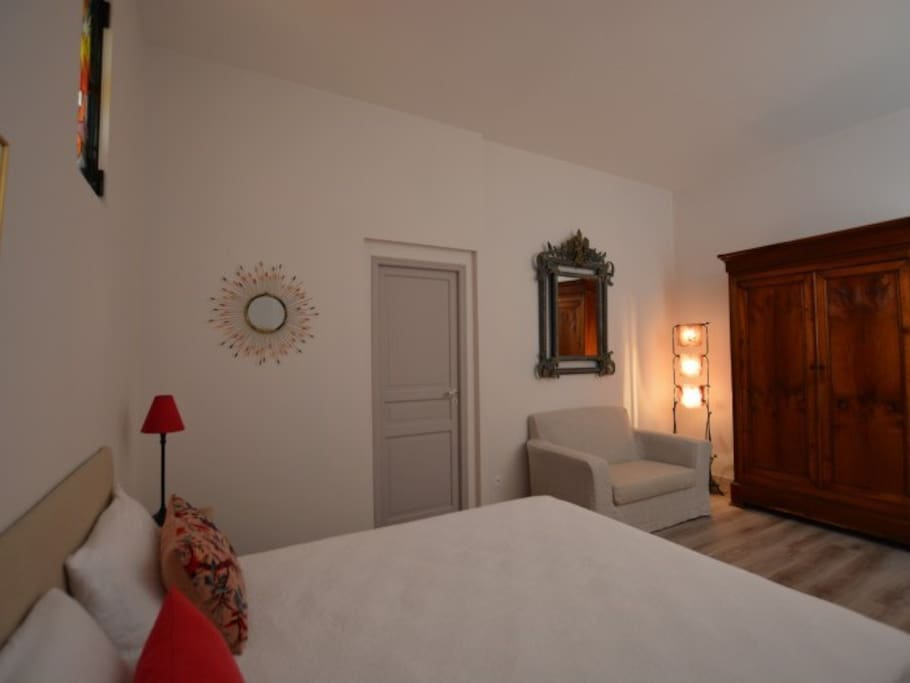 "La chambre de l'appartement ""Bonheur de Ronsard"""