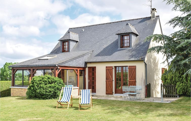Holiday cottage with 3 bedrooms on 87m² in Ceaux