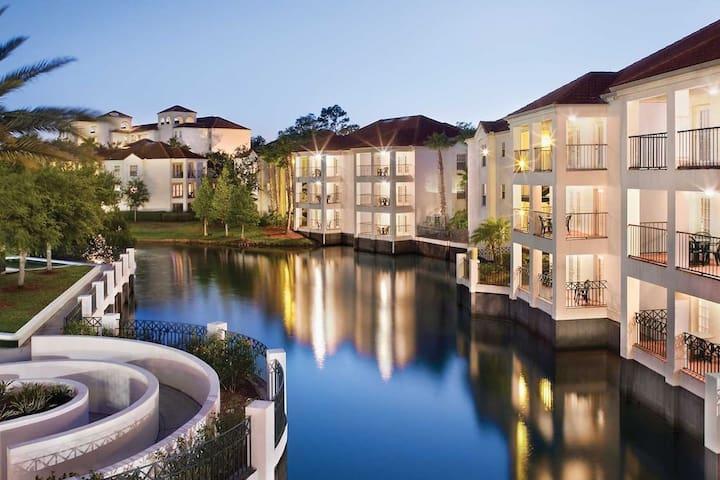 3 BD 2 BA Star Island Resort & Spa Disney World