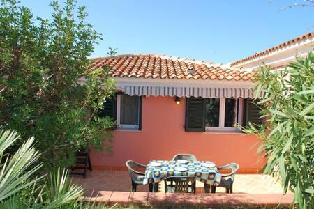 Villa a 300m a piedi dalla spiaggia - Santa Teresa Gallura