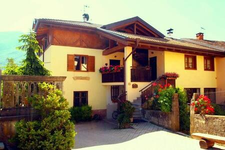 Welcome in Val di Non - Trentino! - Dercolo