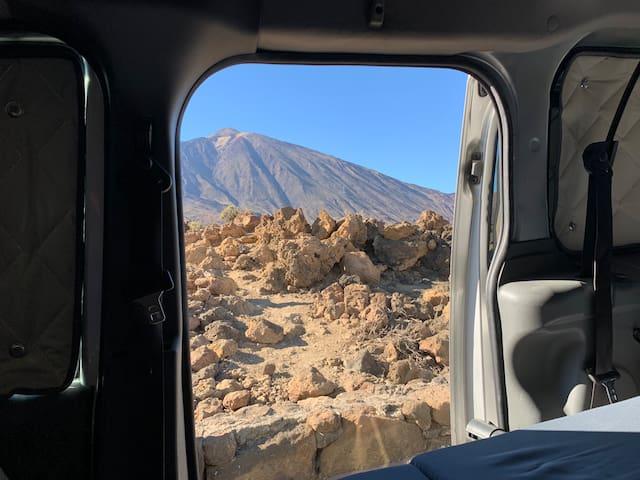 TFS/TFN Drive&Sleep Tenerife Ford Connect w/AC