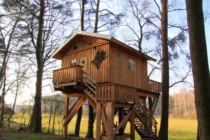 BAUMHAUSHOTEL UCKERMARK - Jagdhütte