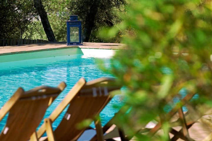 A luxury country villa on the board of Umbria and Tuscany with Air Condition
