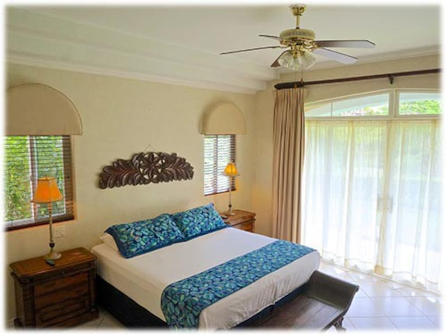 Master Suite..King bed and Master bathroom
