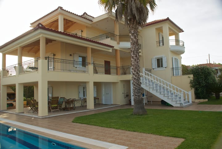 Kalamata-Messinia Luxury Villa
