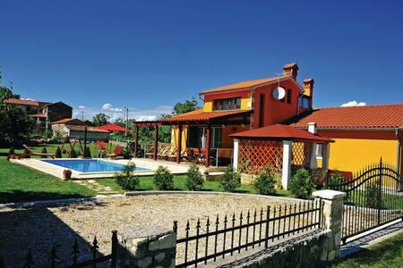 Lovely Villa Miranda in Istria - Kršan - Talo