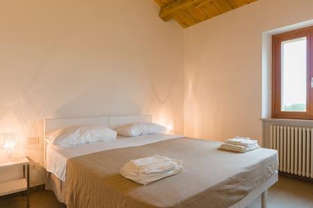Sea&coutryside apartment 1st floor - Senigallia