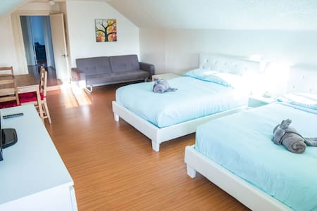 The Comfortable room in a heart of Los Angeles - Los Angeles - House