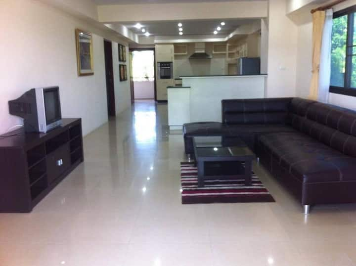 2Bedroom2Bathroom -Corner Room at Rawai Beach Road