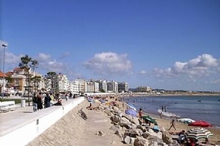 Apartment in Sao Martinho do Porto, - São Martinho do Porto