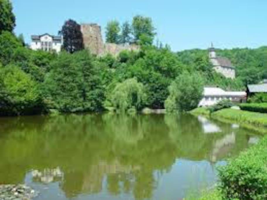 Sicht auf den Burgberg und ie Bergkirche