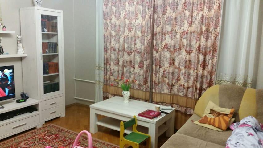 Шестикомнатная современная квартира - Minsk - Huis
