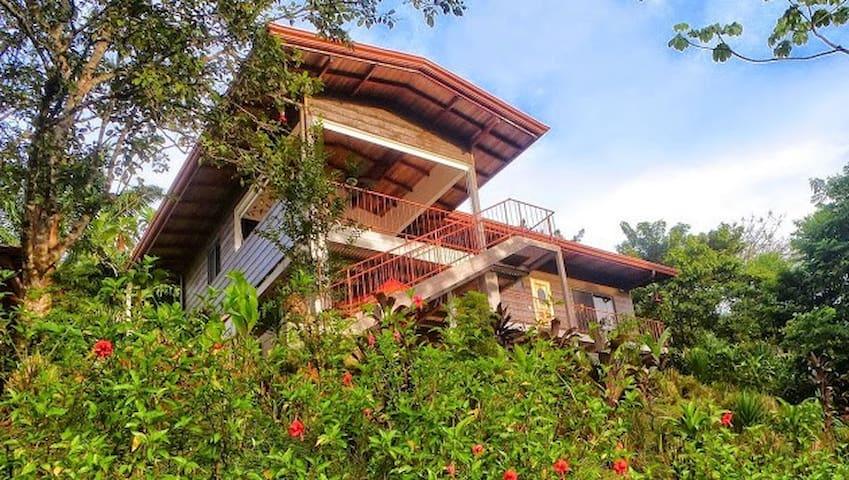 Casa Colibri, ojochal, Costa Rica - Ojochal - House