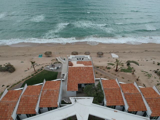 Beach Front - Recently Renovated & Close to Town