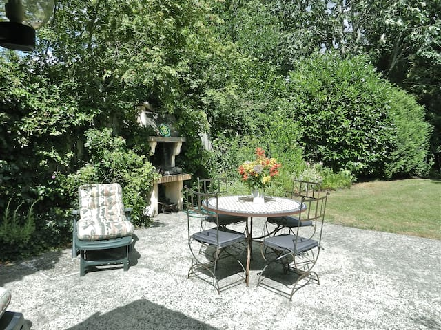 Les Jardins de Broy - Saint-Symphorien - Hus