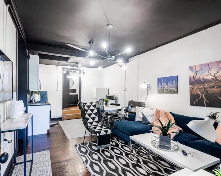 Deluxe Modern Townhome by Downtown Tulsa