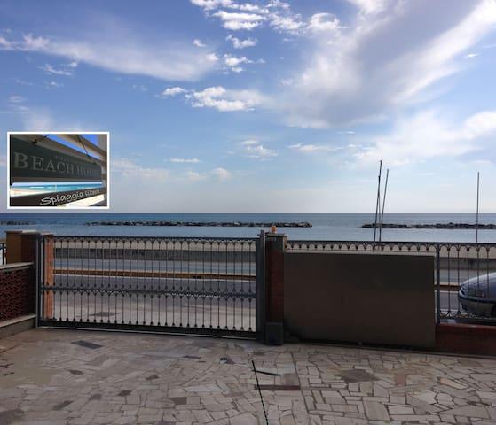 Beach House - Spiaggia Libera - Civitanova Marche - Apartemen