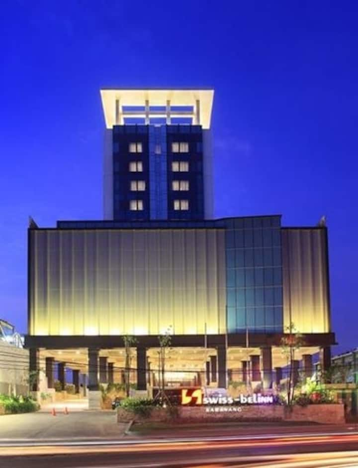 Superior Room in Karawang by Swiss-Belinn
