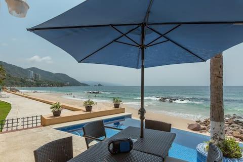 ♥PRIVATE Beachfront Villa w/ Beach, Pool,Chef♥