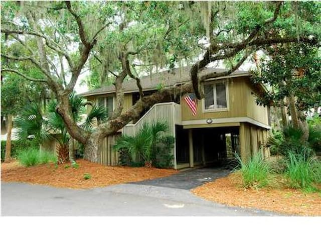 Cozy cottage on private island. - Seabrook Island - Hus