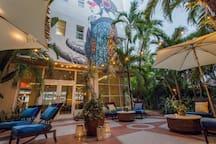 Standard Queen in Boutique Hotel - Ocean Drive