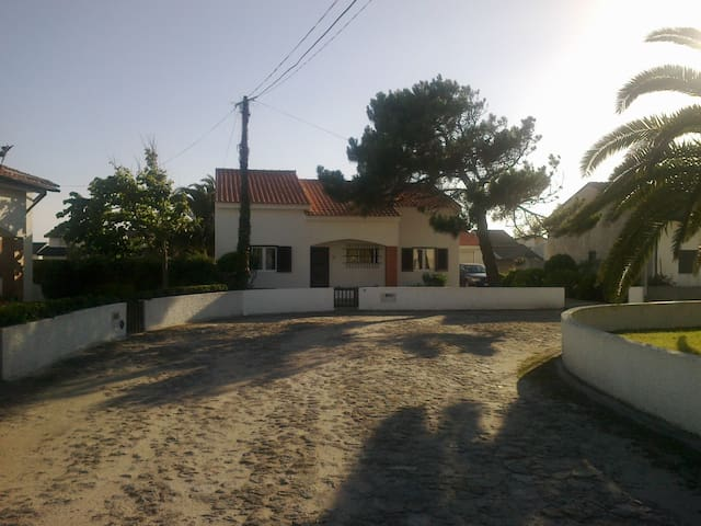 Villa with Pool by the beach - Esposende - Σπίτι