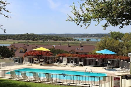 The Canyon Lake Charmer! Sweet and Secluded! - Canyon Lake