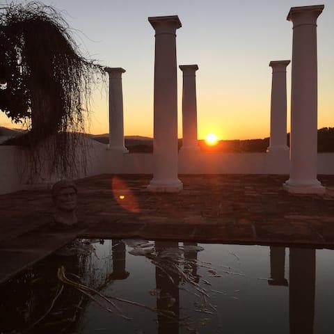 Deilig bondegård med basseng, Evora, Estremoz