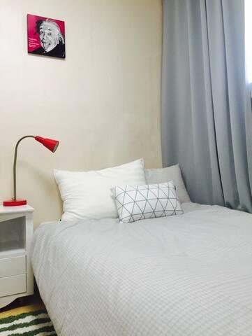 Private room beside Gwangalli Beach - Suyeong-gu - Appartement