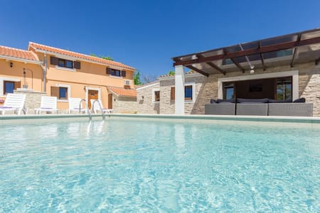 Villa Benic with private pool for 10 people,Istria - Žminj