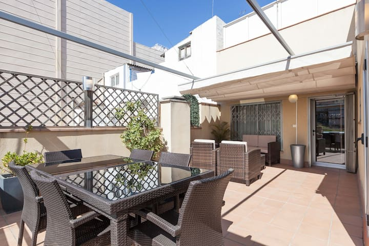 Luxury 1 Bedroom with Large Terrace - Barcelona - Daire