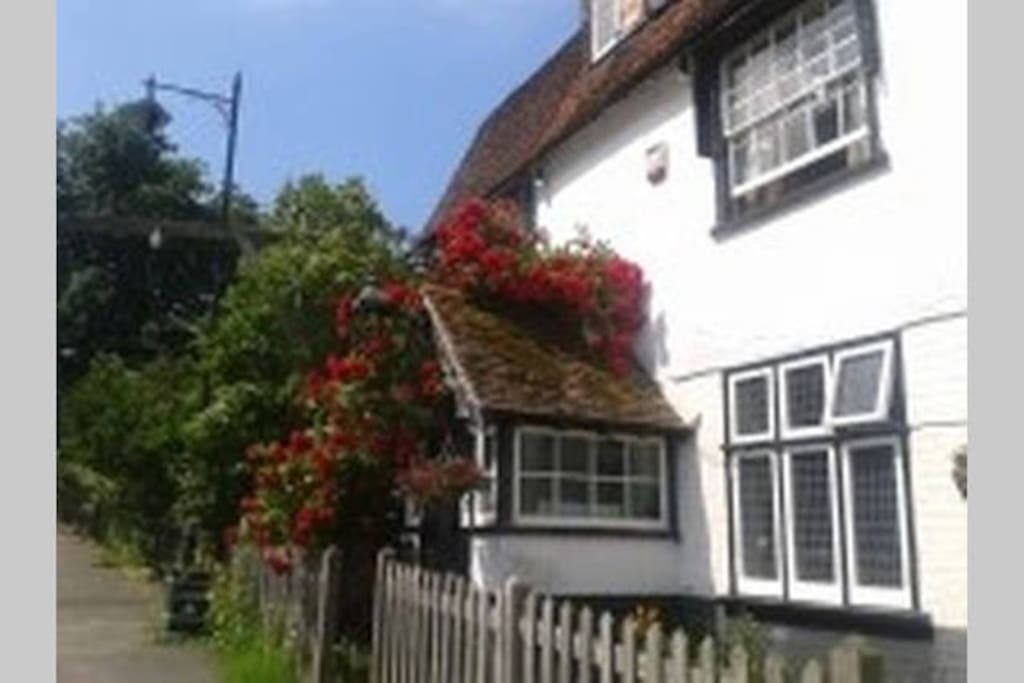Our 16th century home, Horse & Groom Cottage.